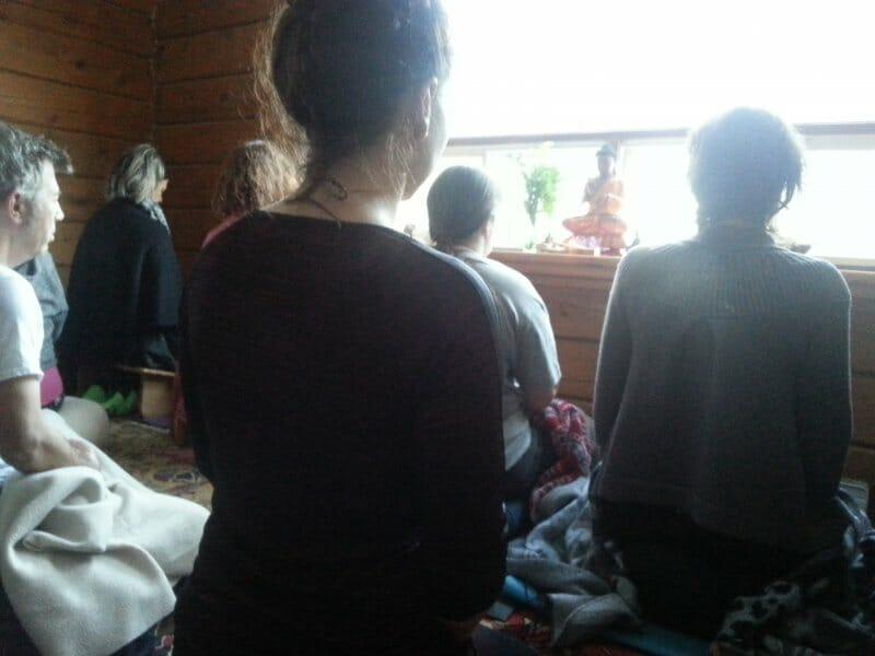 Les mérites de la pratique de la méditation en groupe