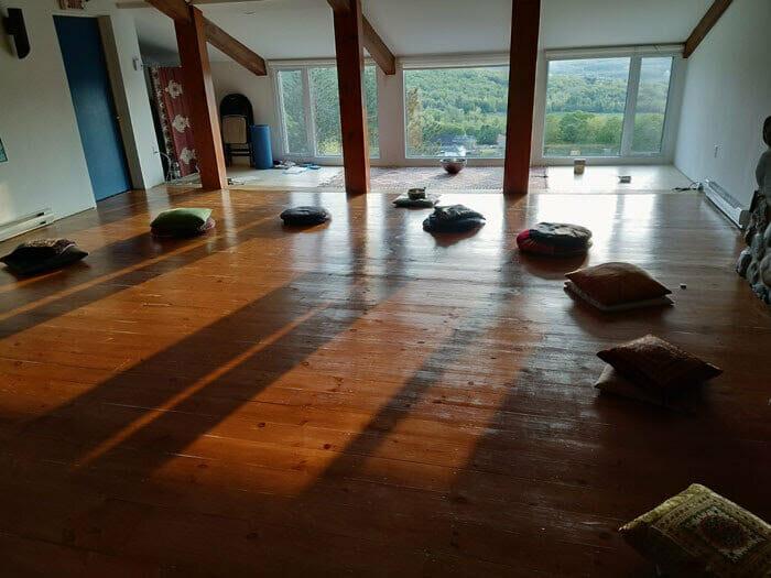 salle+de+méditation+au+tournant+du+coeur